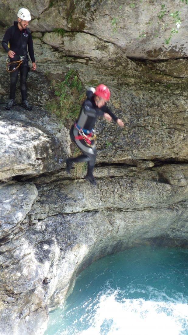 een sprong in het dieppe koude water